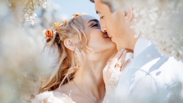 จัดงานแต่งงานแบบประหยัด